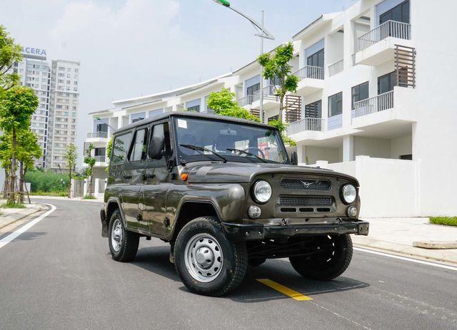 Xe Nga giá rẻ vào Việt Nam, khó vượt xe Nhật, Hàn - Hình 3
