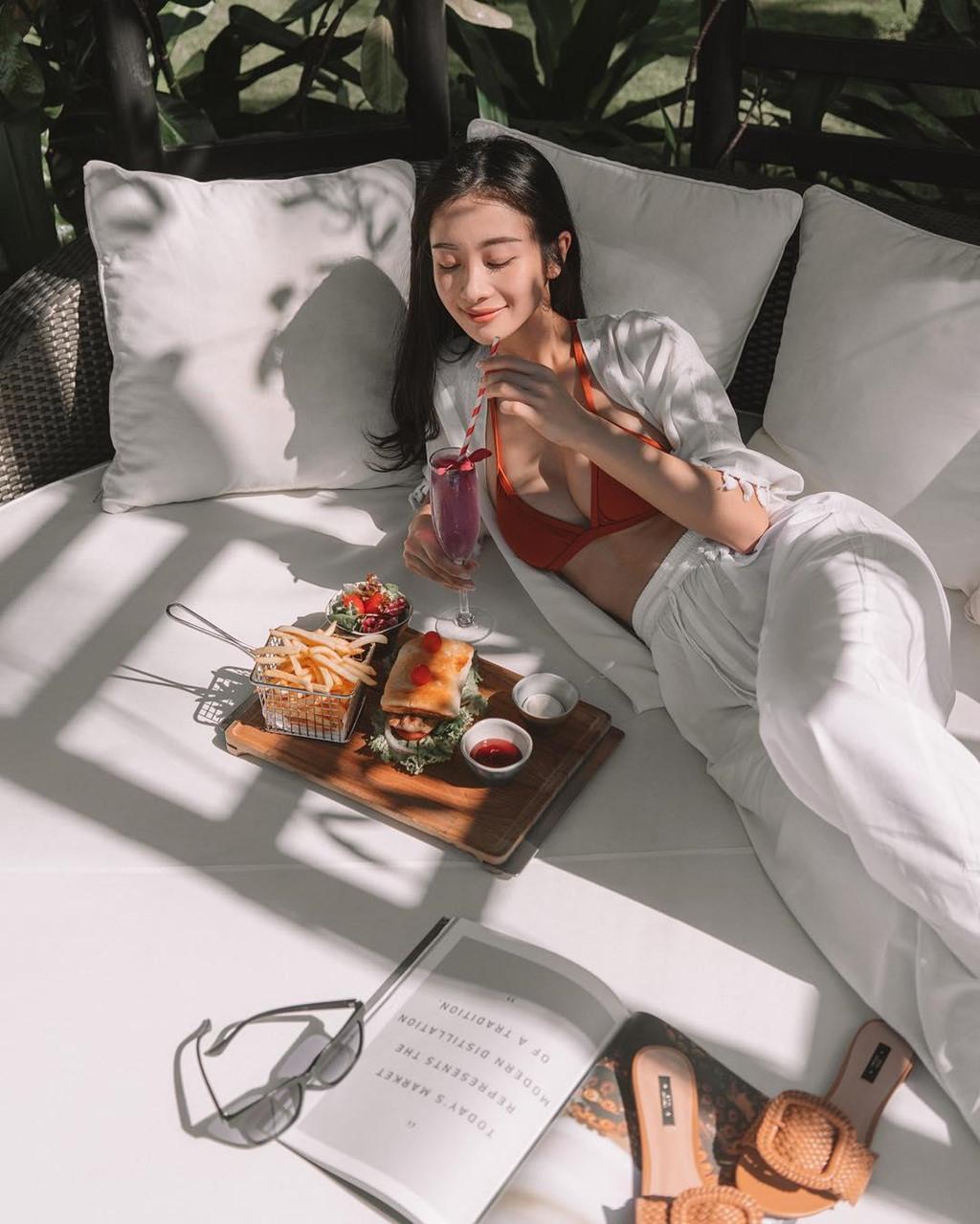 Ngắm thân hình mời gọi của người đẹp Việt từng gây sốt cộng đồng mạng Hàn Quốc - Hình 10