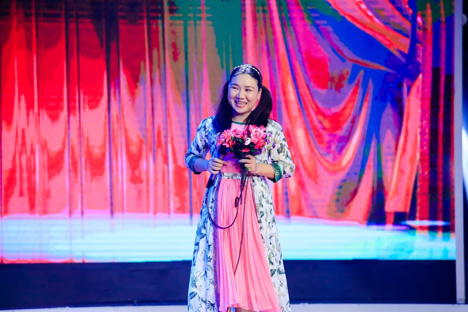 Phương Thanh bật khóc nhớ đến Minh Thuận khi xem con trai Công Hậu diễn kịch - Hình 8