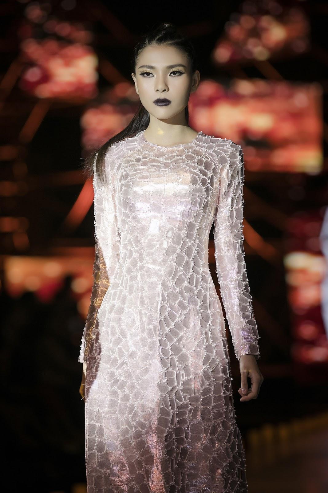 Vì vài phút catwalk, bà xã Lương Thế Thành sẵn sàng hoãn chuyến du lịch kỷ niệm 3 năm ngày cưới - Hình 6