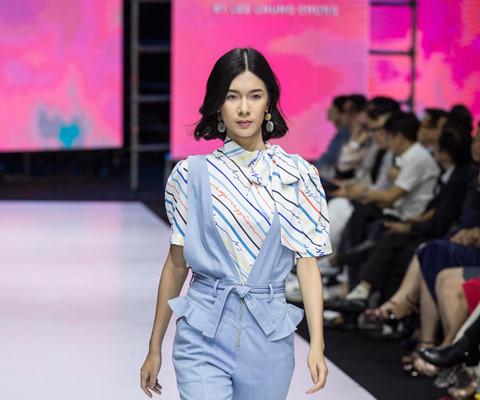 Chung Chung Lee mang chủ đề nữ quyền lên sàn diễn Aquafina VIFW - Thời trang,đá ủi