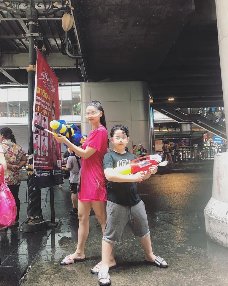 Hậu hôn nhân tan vỡ, Trương Quỳnh Anh và Lư Hoàng Gia Bảo cùng đón lễ vui vẻ bên con - Hình 3
