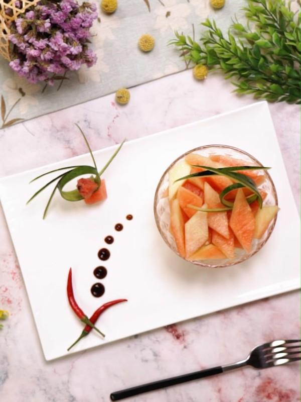 Gọt dưa hấu các mẹ đừng vứt cùi, làm món salad này ăn ngon mà giảm cân chuẩn lắm! - Hình 4