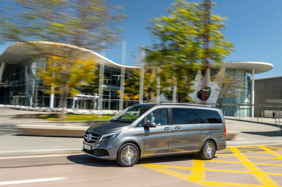 Mercedes V-Class 2019 - chiếc minivan sang trọng và đẳng cấp qua loạt ảnh chi tiết - Hình 6