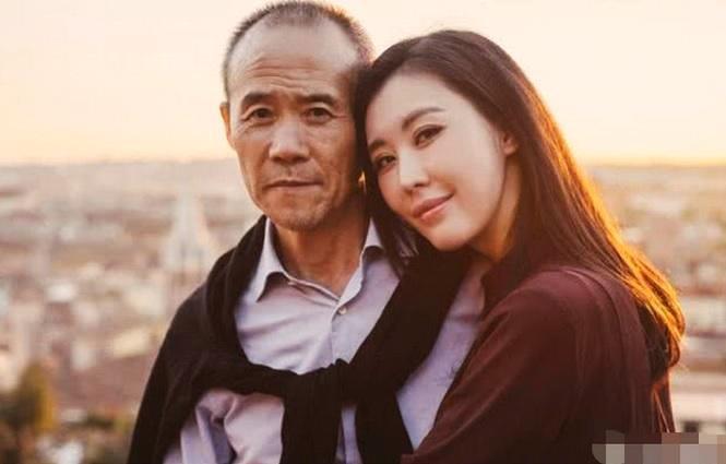 Mỹ nhân Chân Hoàn truyện tình tứ bên chồng tỷ phú U70 đáng tuổi cha - Hình 9