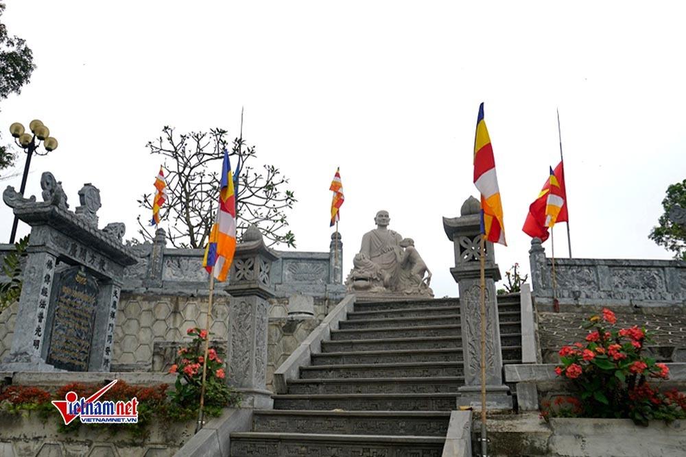 Ngôi chùa không hòm công đức, không đốt vàng mã ở Bắc Ninh - Hình 3