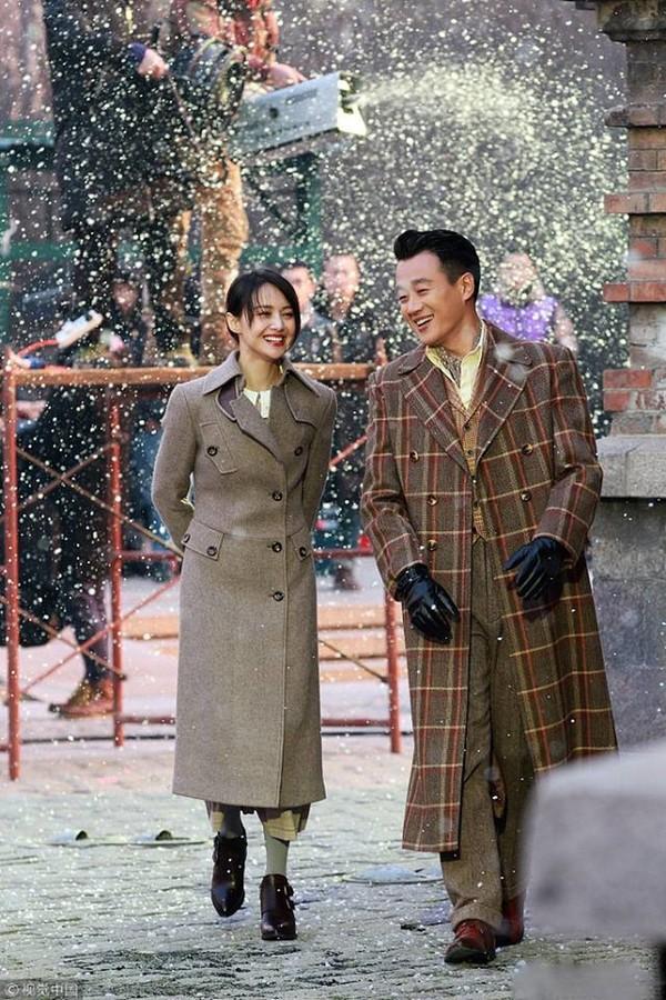 Trịnh Sảng xinh long lanh, mặc toàn đồ đẹp trong trailer phim dân quốc mới - Hình 2