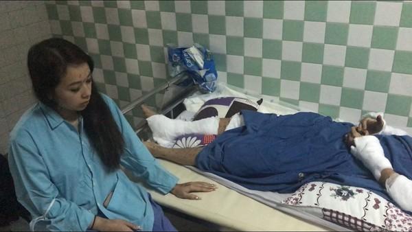 Việt kiều bị tạt axit, cắt gân chân : Chưa tìm ra thủ phạm, nạn nhân sống trong sợ hãi - Hình 2