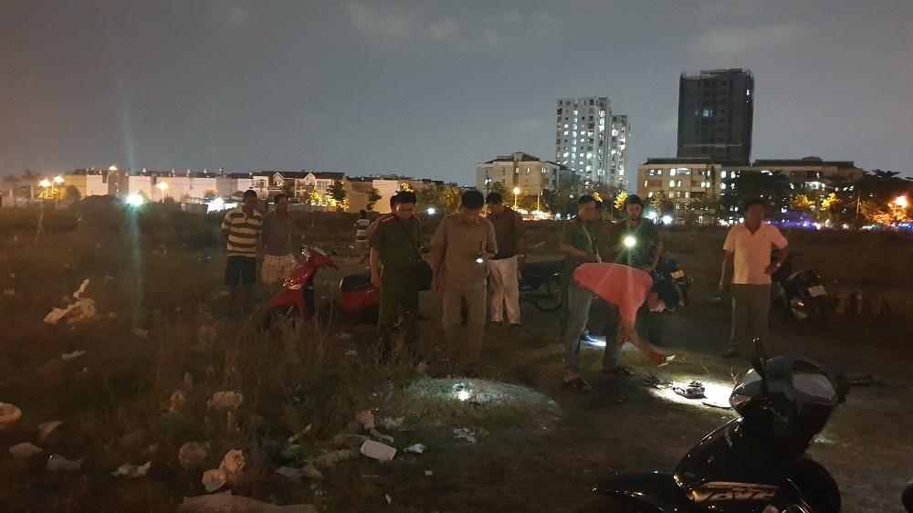 Đôi nam nữ bốc cháy như ngọn đuốc giữa bãi đất trống ở Sài Gòn - Hình 1
