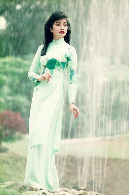 Nhan sắc thời đỉnh cao của Hoa hậu Lý Thu Thảo - Hình 4