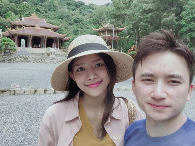 Phan Mạnh Quỳnh chọn cột mốc 4 năm yêu tổ chức đám cưới với bạn gái hot girl - Hình 4