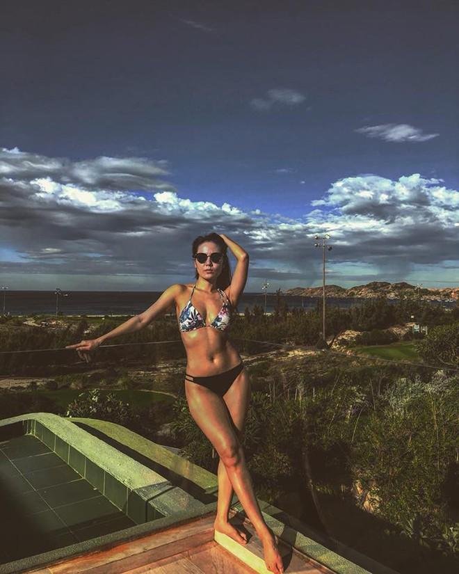 Phương Linh khoe loạt ảnh bikini mới, để lộ nhược điểm - Hình 4