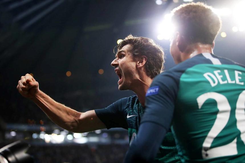 Cầu thủ, HLV Tottenham bùng nổ cảm xúc sau màn hồi sinh nghẹt thở - Hình 3