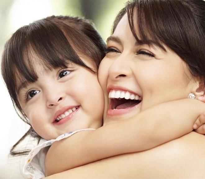 Cơn sốt vợ chồng mỹ nhân đẹp nhất Philippines: Yêu tựa phim, cưới như hoàng gia, 2 thiên thần nhỏ vừa ra đời đã quá nổi - Hình 16
