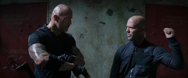 Fast & Furious: Hobbs & Shaw tung trailer hài hước, bùng nổ khói lửa và liên tưởng đến Captain America lẫn Black Panther? - Hình 4