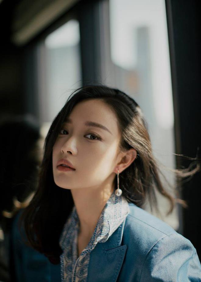 Mỹ nhân sở hữu gương mặt hoàn hảo nhất châu Á: Làm lu mờ Song Hye Kyo, khiến Jennie đội sổ nhưng có đẹp đến thế? - Hình 25