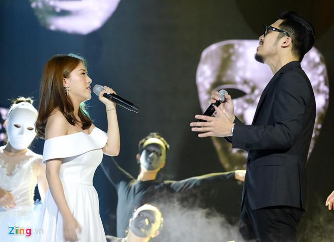 Phan Mạnh Quỳnh hát live da diết ca khúc về cuộc đời Hàn Mặc Tử - Hình 9