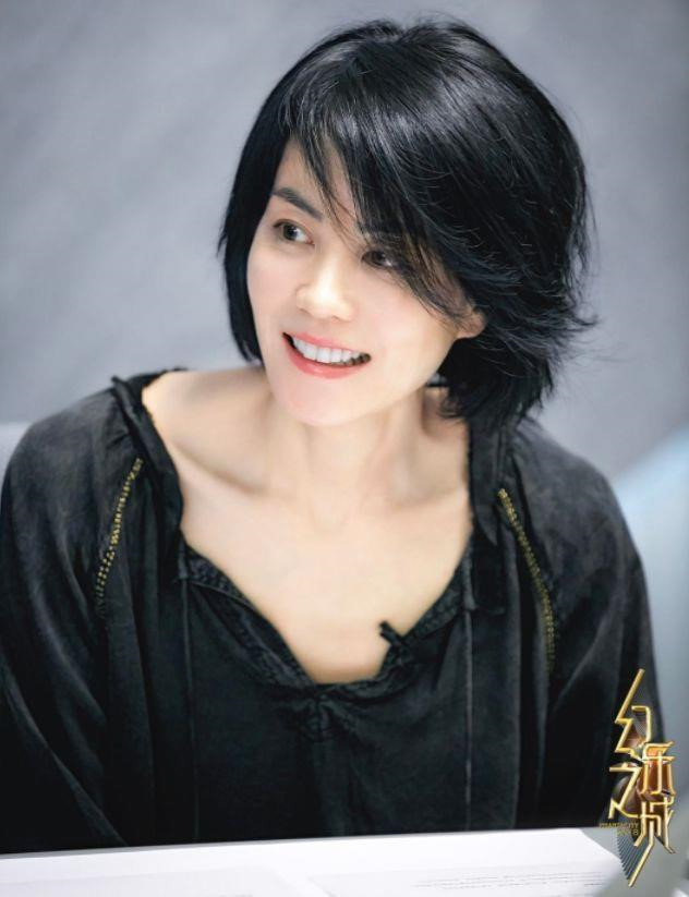 Vương Phi - người đàn bà đẹp khiến Tạ Đình Phong si mê suốt 20 năm - Hình 2