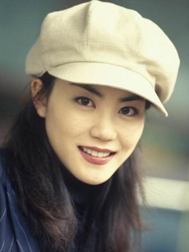 Vương Phi - người đàn bà đẹp khiến Tạ Đình Phong si mê suốt 20 năm - Hình 5