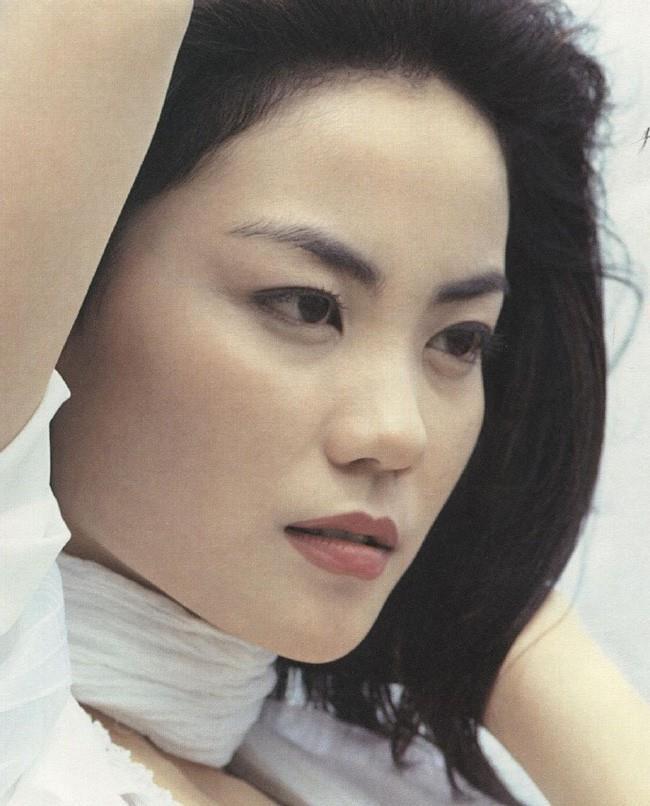 Vương Phi - người đàn bà đẹp khiến Tạ Đình Phong si mê suốt 20 năm - Hình 4