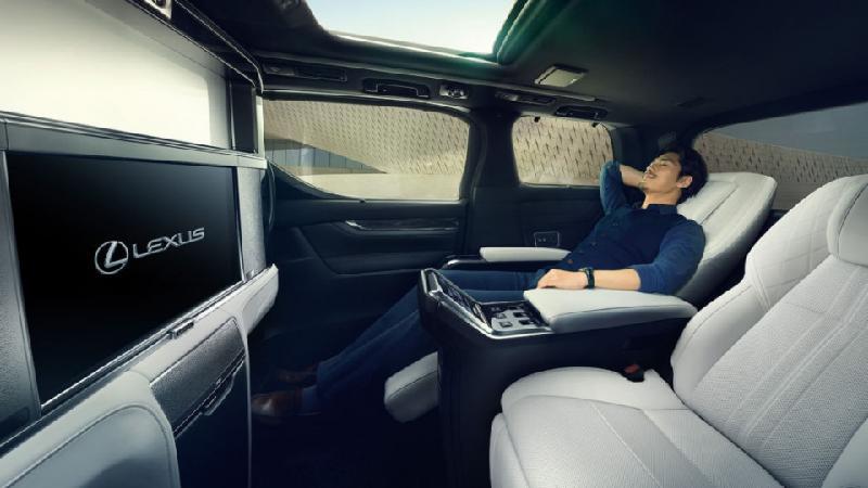 Lexus LM ra mắt minivan hạng sang với nội thất đẳng cấp - Hình 4