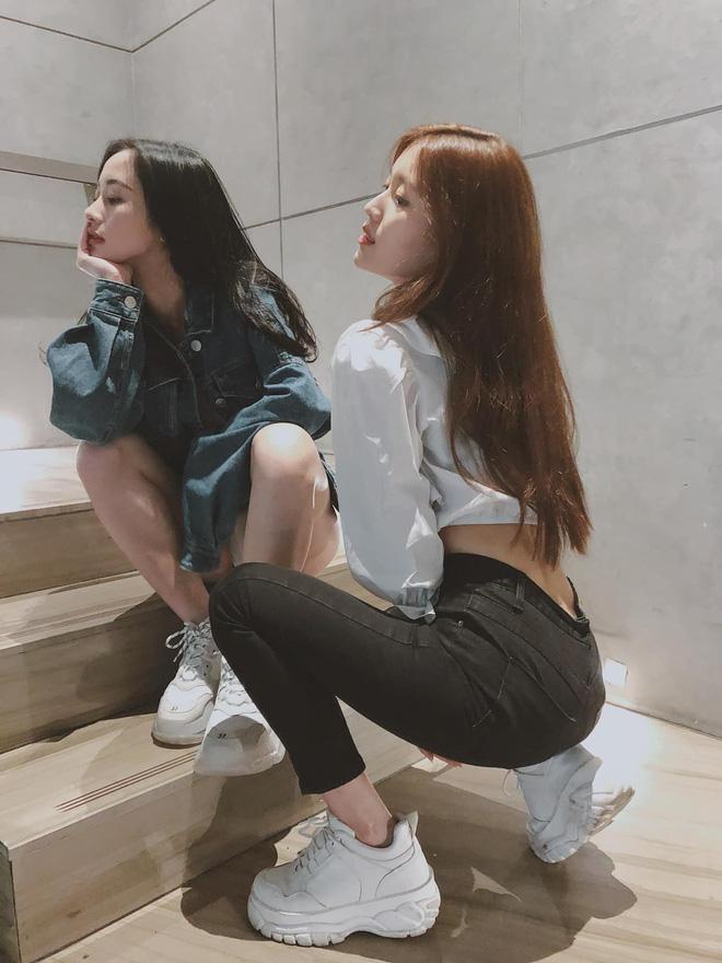Đứng chung một khung hình, Jun Vũ và Han Sara khiến dân tình hết lời khen ngợi khi phô diễn vòng eo con kiến cực phẩm - Hình 3