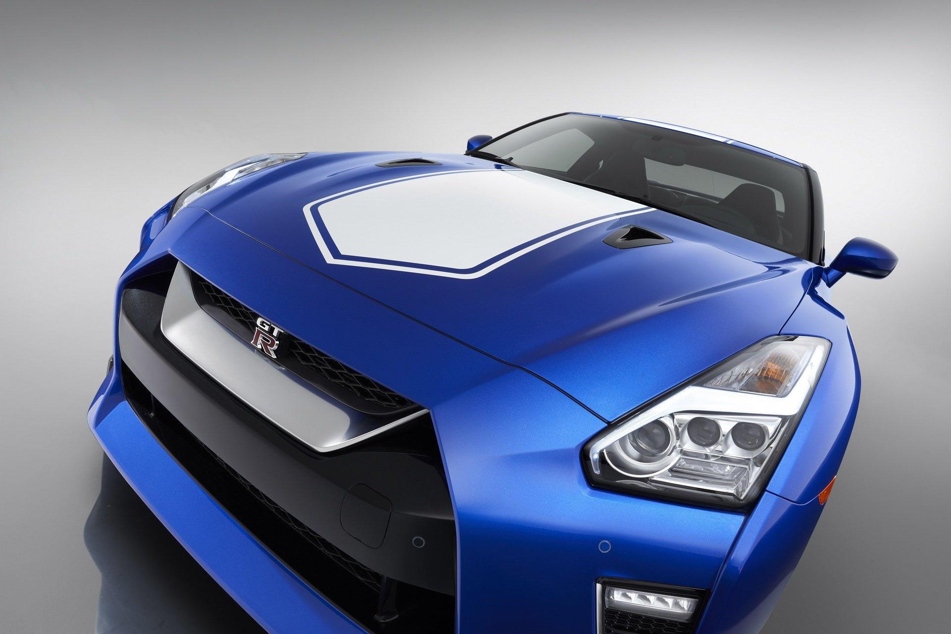 Ảnh chi tiết Nissan GT-R 2020 phiên bản kỷ niệm 50 năm - Hình 3