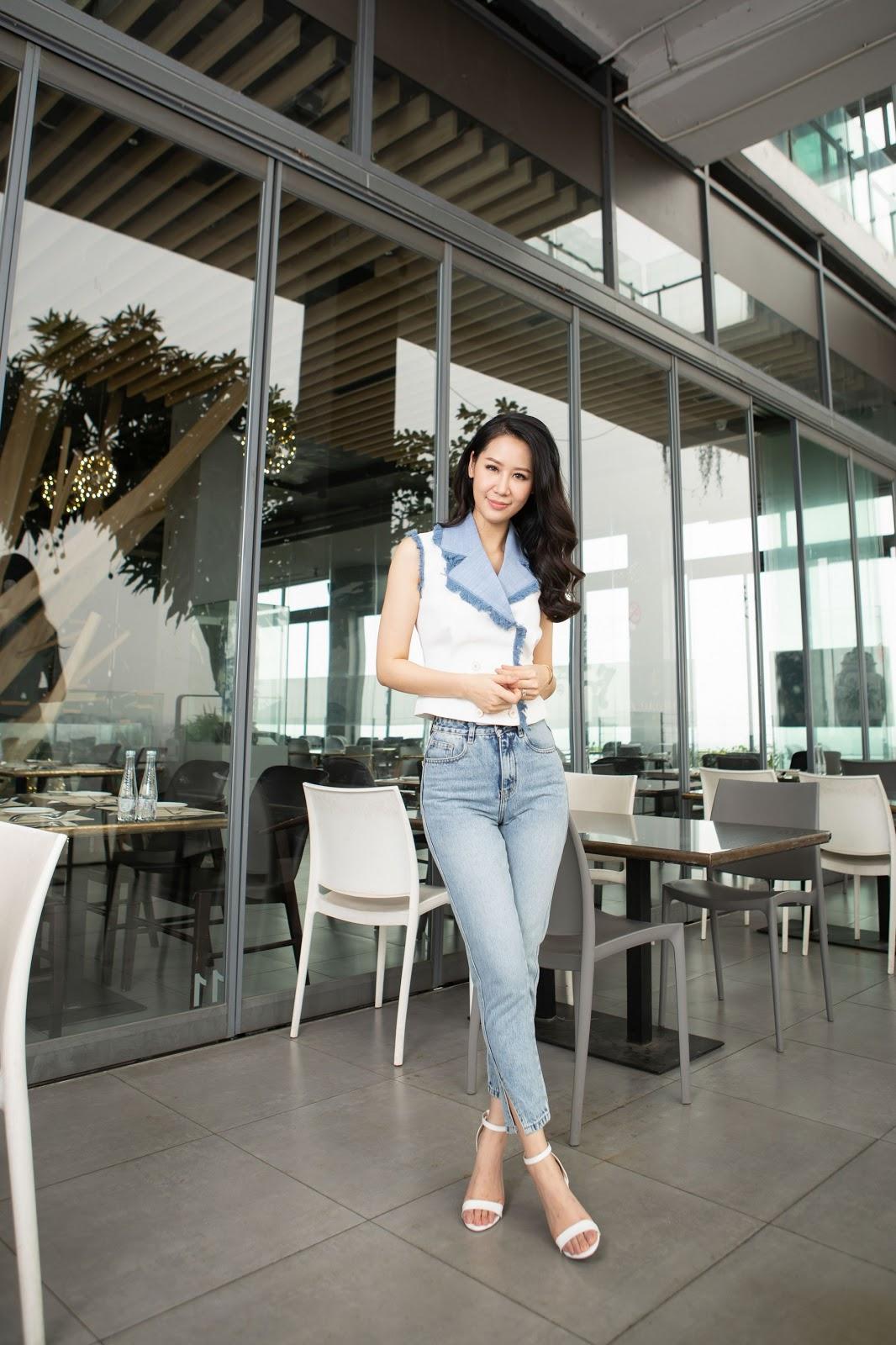 Dương Thùy Linh 'hack tuổi' giữa nắng hè cùng trang phục Elise - Hình 15