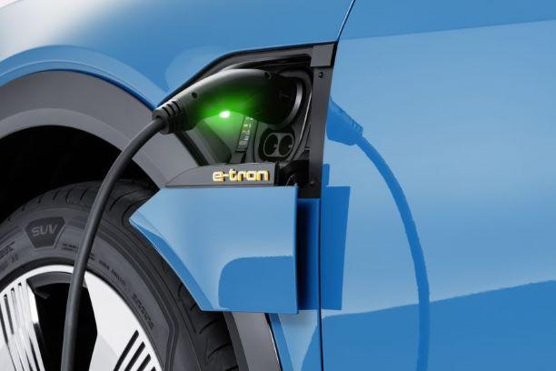 Mẫu SUV e-Tron của Audi sẽ xuất hiện trong bom tấn Avengers: Endgame - Hình 2