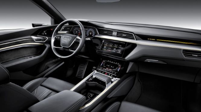 Mẫu SUV e-Tron của Audi sẽ xuất hiện trong bom tấn Avengers: Endgame - Hình 3