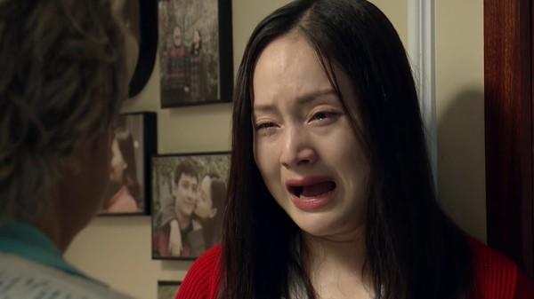 Quỳnh búp bê Phương Oanh cực nguy hiểm trong phim Nàng dâu order khi hóa thành hồ ly tinh thảo mai - Hình 2
