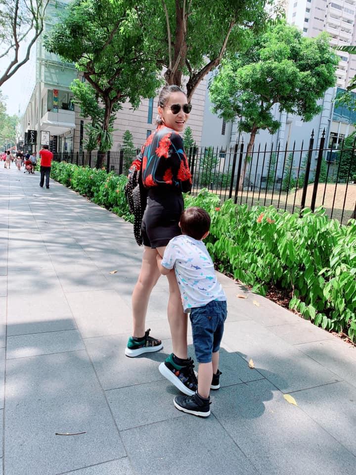 Thu Minh khoe hạnh phúc đời thường bên chồng con, Hari Won lại chỉ trầm trồ: Nhà chị đẹp quá - Hình 5