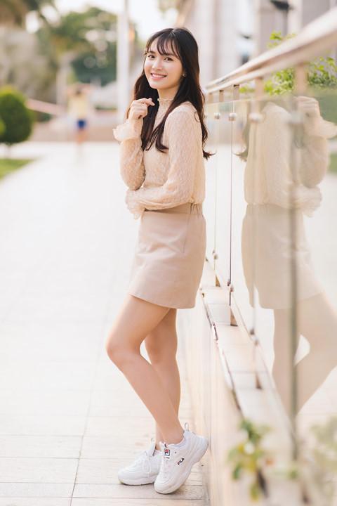 Jang Mi: 23 tuổi chưa yêu ai, sẽ gợi cảm và nổi loạn vào ngày không xa - Hình 5