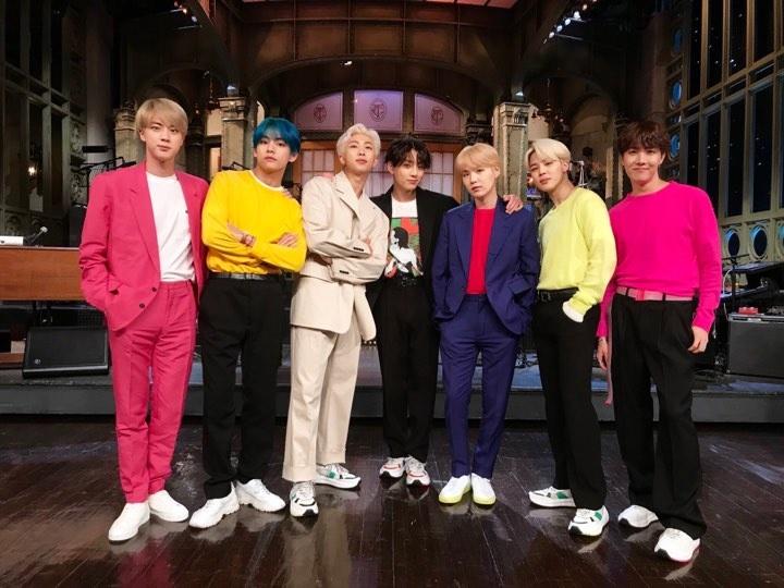 BTS đã sẵn sàng cho việc nhập ngũ, ánh hào quang của nhóm nhạc đình đám Kpop liệu có tắt đi? - Hình 2