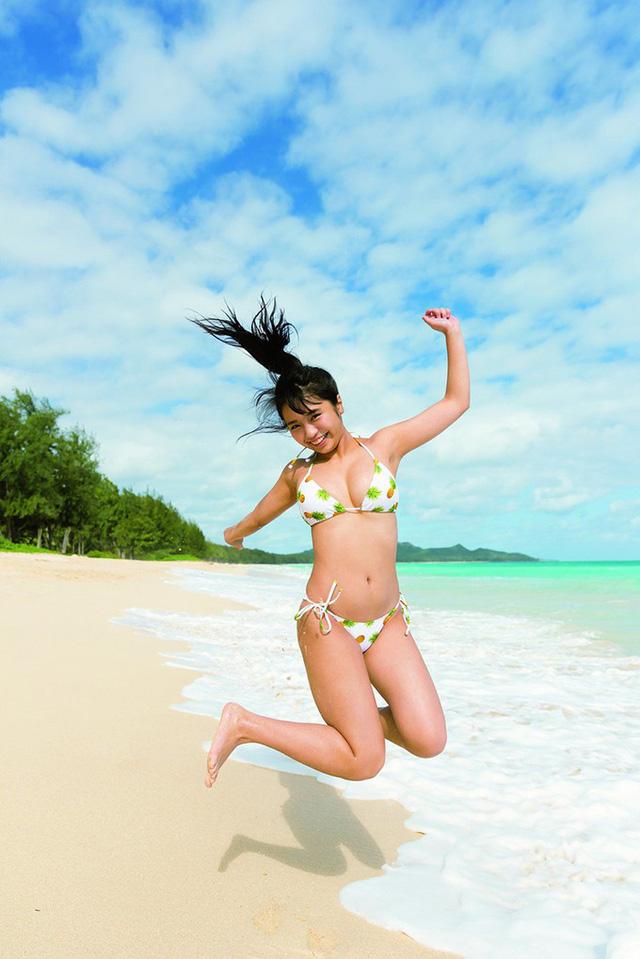 Ngắm vóc dáng ngọt ngào của các diễn viên Nhật Bản khi diện bikini - Hình 8