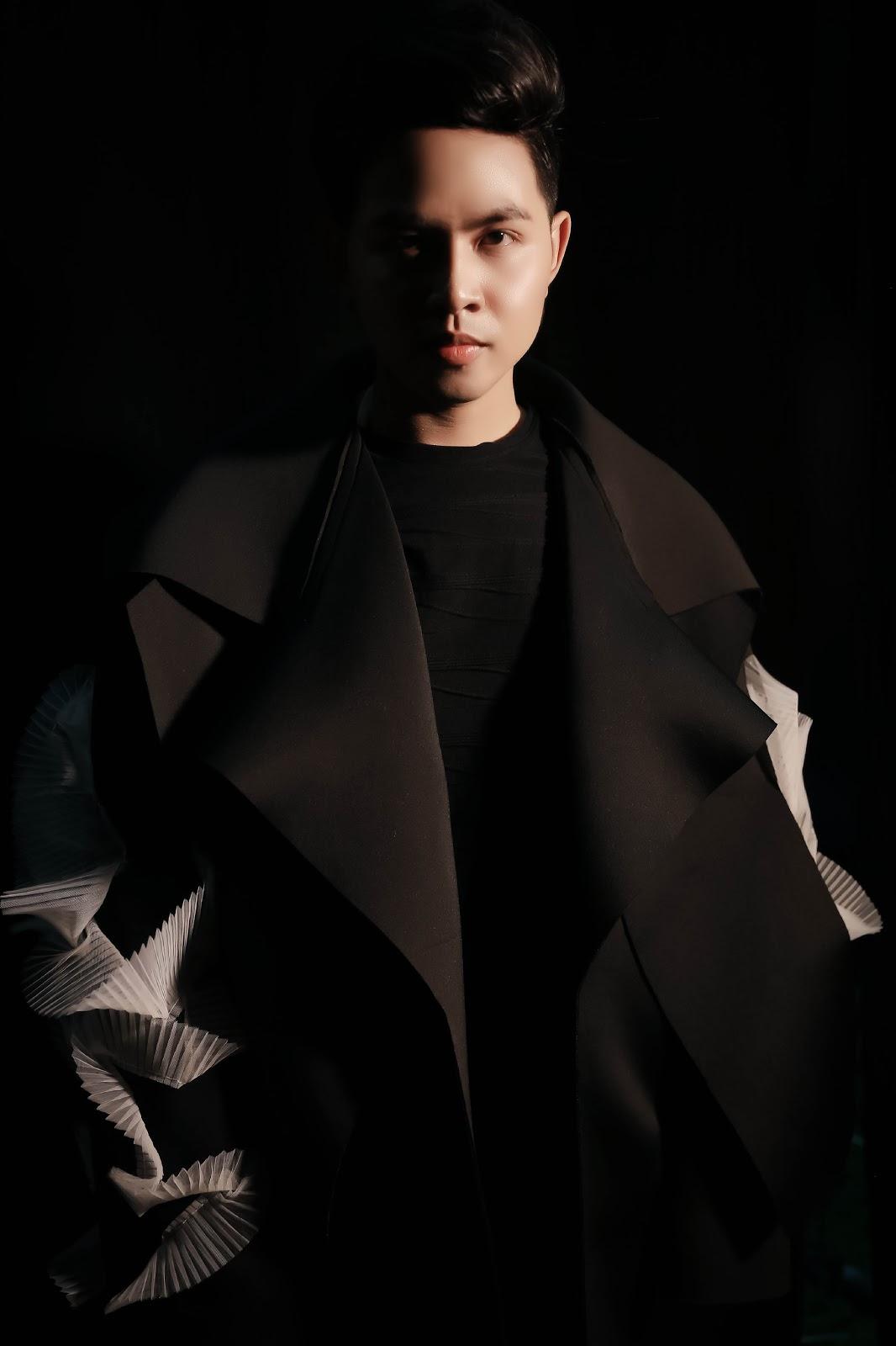 Sau AVIFW 2019, Chung Thanh Phong tiếp tục 'công phá' The Coco Fashion Show 2019 chủ đề Be Unique tại Đà Nẵng - Hình 2