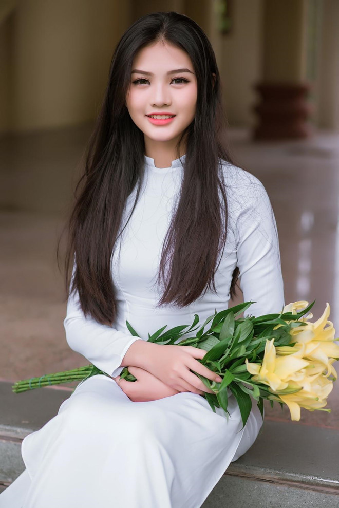 10X Đồng Nai cao 1,72 m, biết 2 ngoại ngữ, từng tham gia Miss Teen - Hình 5