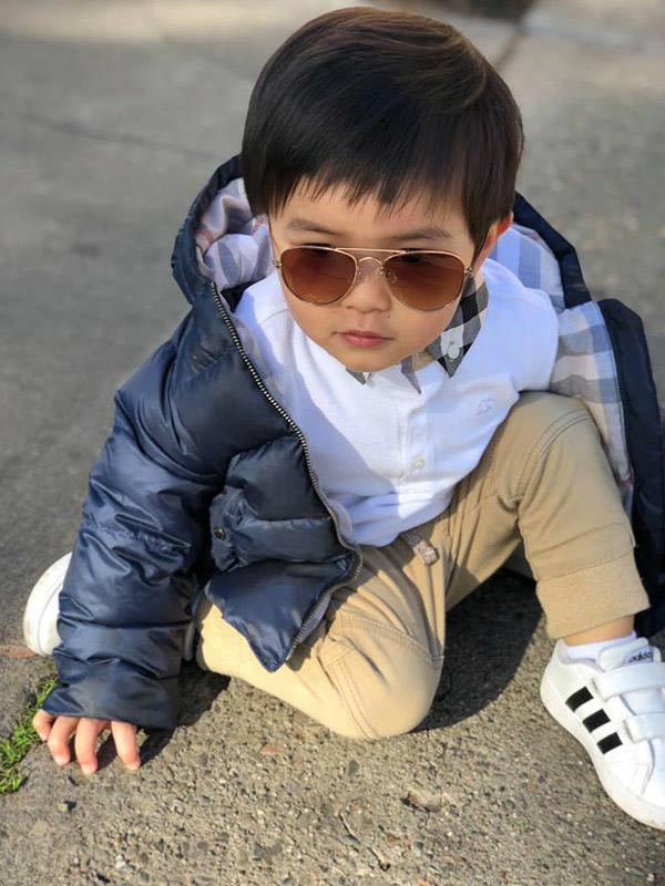 Đọ tủ hàng hiệu của nhóc tỳ nhà sao Việt: Con gái Đặng Thu Thảo mặc váy chục triệu nhưng chịu chơi nhất là con trai Đan Trường - Hình 13