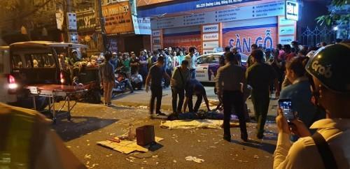 Đàm Vĩnh Hưng tuyên bố sẽ hỗ trợ tiền học cho 2 con của nữ công nhân quét rác bị xe điên đâm tử vong - Hình 1