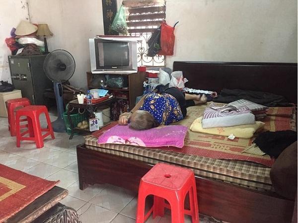 Đàm Vĩnh Hưng tuyên bố sẽ hỗ trợ tiền học cho 2 con của nữ công nhân quét rác bị xe điên đâm tử vong - Hình 3