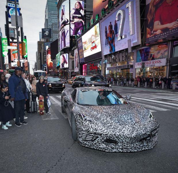Chevrolet Corvette 2020 sẽ đeo logo mới, thể hiện tinh thần của chiếc xe cơ bắp mới - Hình 4