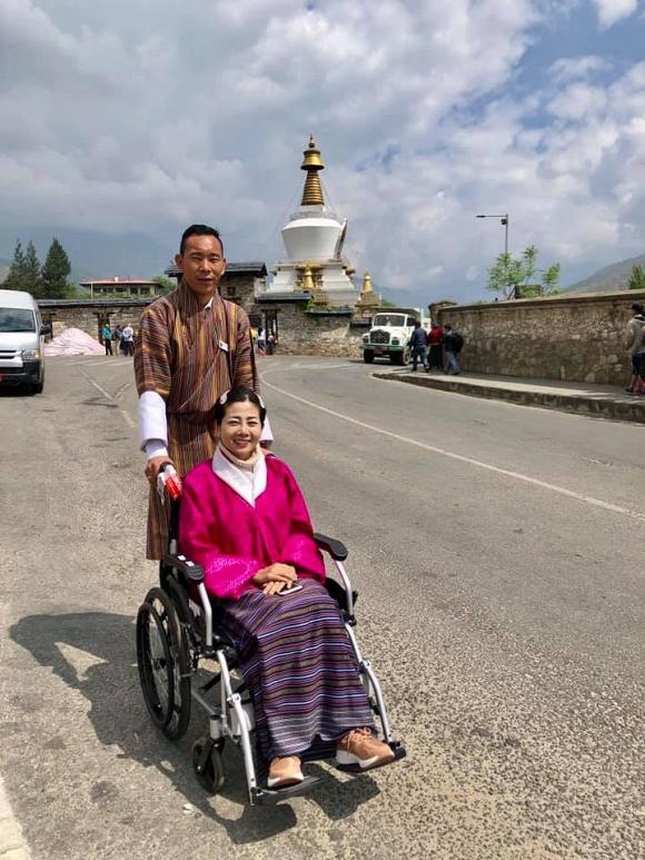 Ốc Thanh Vân kể về Mai Phương trong chuyến đi Bhutan: Khi em tôi đứng cầu nguyện, bất giác tôi bật khóc. Em tôi khóc - Hình 8