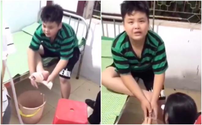 Clip vừa thương vừa cười mệt nghỉ: Cậu bé giẫm chân vào mảnh sành, một mực tự tháo băng trong nước mắt và ngàn lời thều thào than vãn - Hình 1