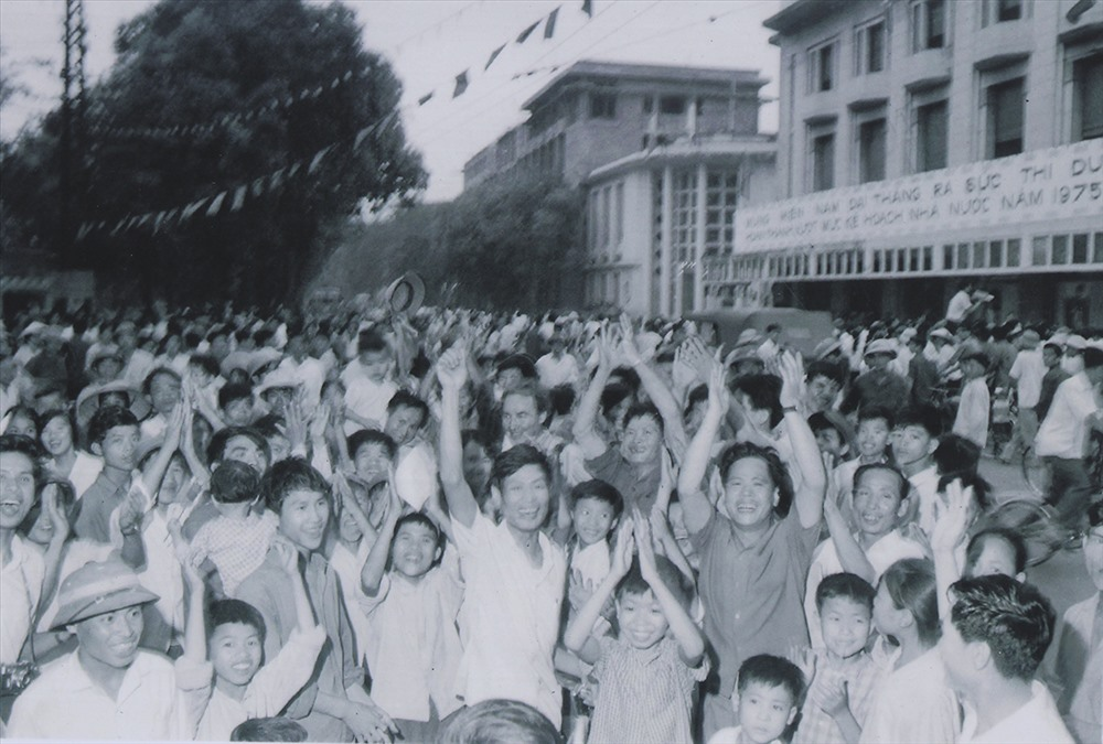 Cảm xúc vỡ òa ngày Sài Gòn giải phóng, thống nhất non sông năm xưa - Hình 9
