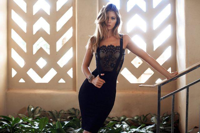 Carmella Rose đẹp quyến rũ và lôi cuốn - Hình 12