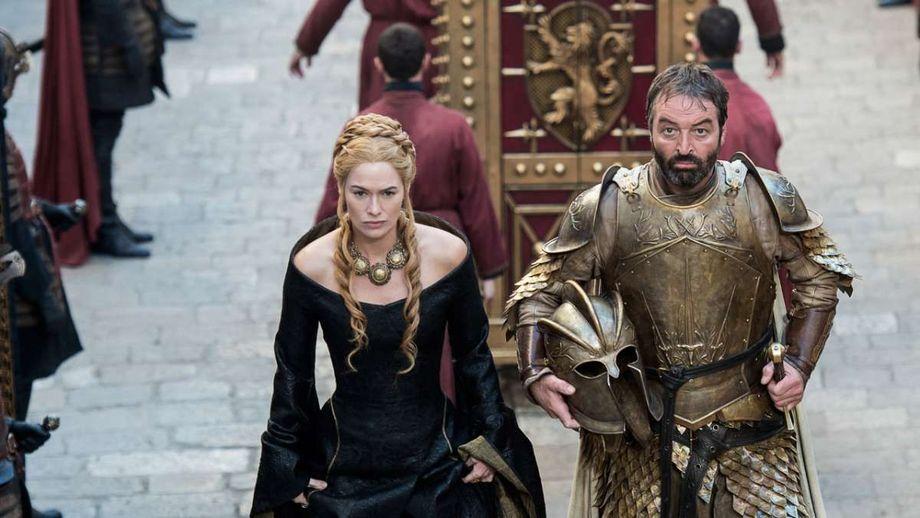 Hành trình thăng trầm của nữ hoàng Cersei Lannister qua những bộ váy tinh xảo - Hình 8