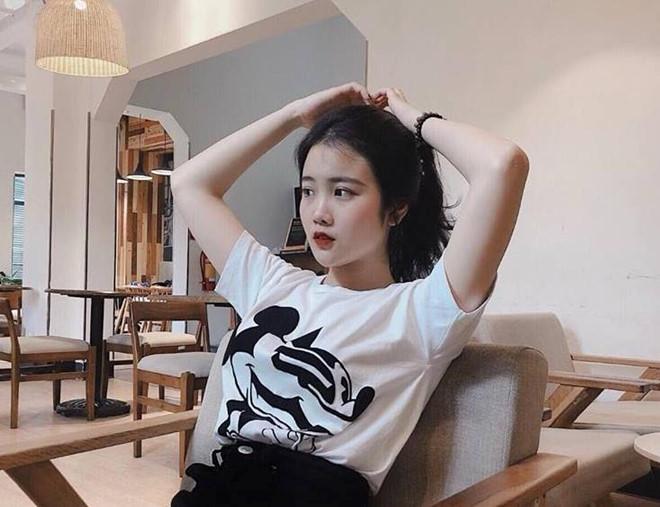 Hội bạn gái cầu thủ Việt thay đổi thế nào sau khi nổi tiếng? - Hình 10