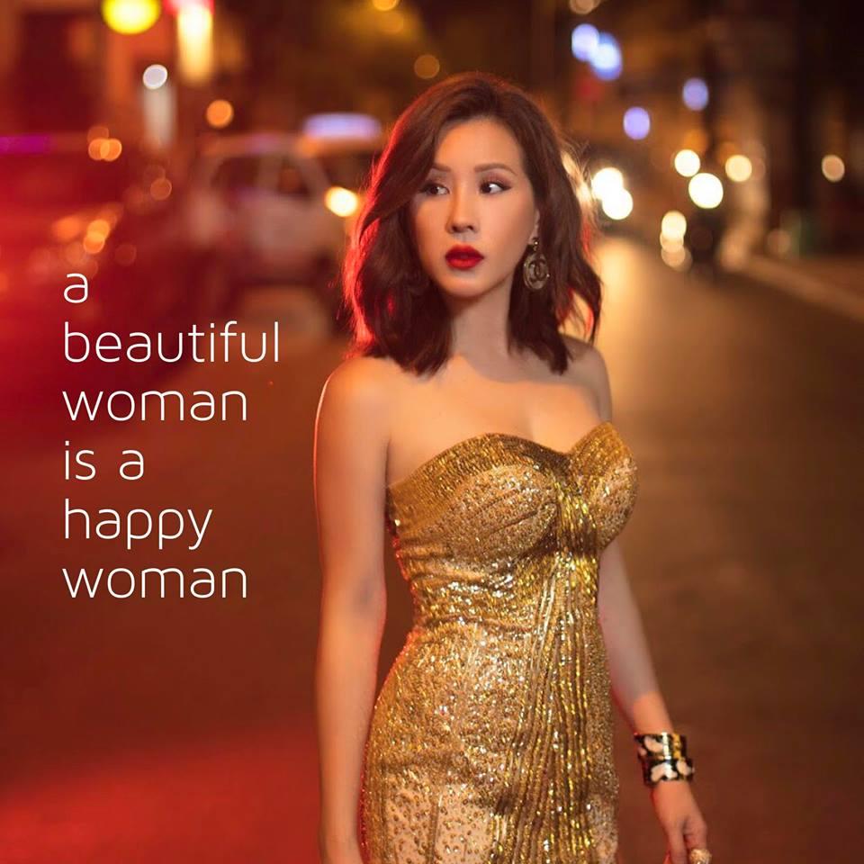 Những Hoa hậu tuổi U50 vẫn xinh đẹp, gợi cảm bậc nhất showbiz - Hình 15