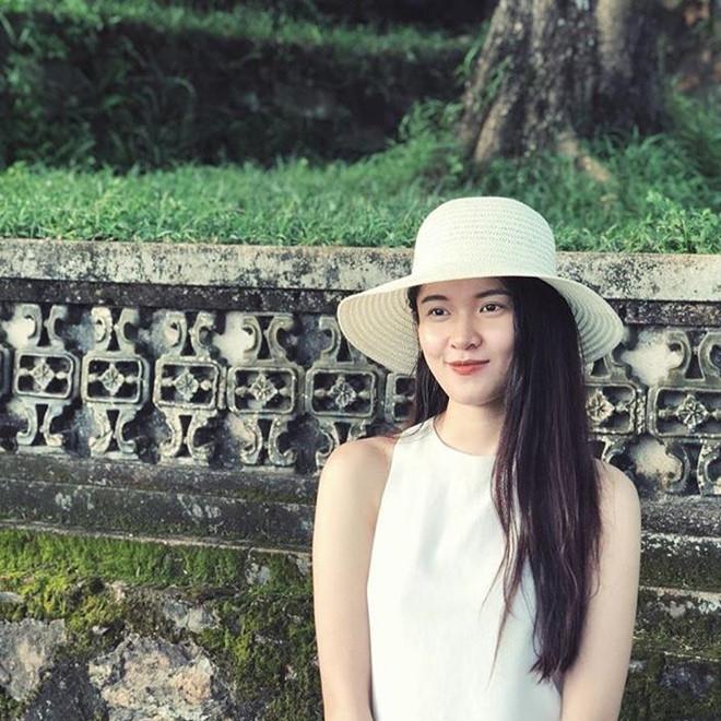 Dàn hoa khôi ĐH Ngoại Thương TP.HCM: Toàn Á hậu, người đẹp, người mẫu - Hình 9