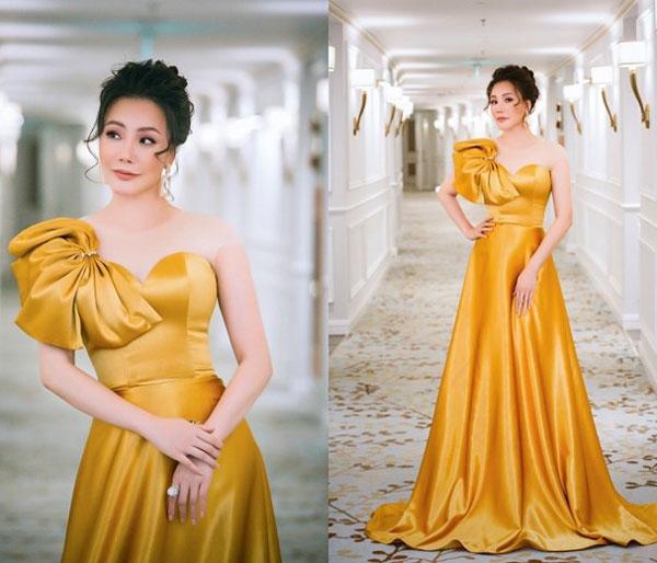 'Đụng hàng' váy áo, Á hậu Hoàng Dung vẫn đẹp nổi bật - Hình 3